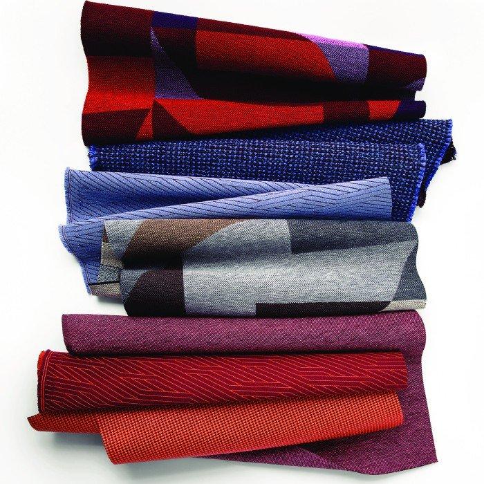 01-Mobilier de bureau-MBH-Chaises et Lounge-Luum textile-Futur Tense.pdf