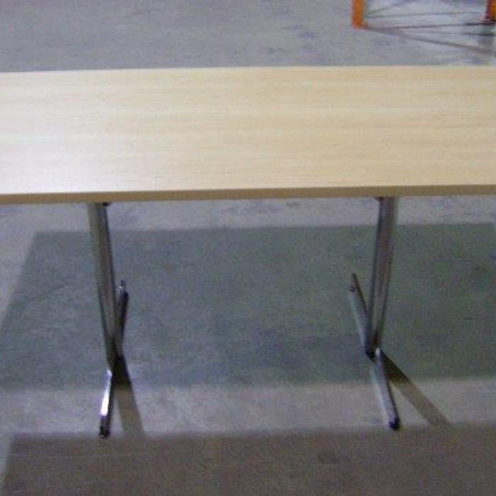 Bureaux mobilier de bureau mbh for Mobilier bureau 49